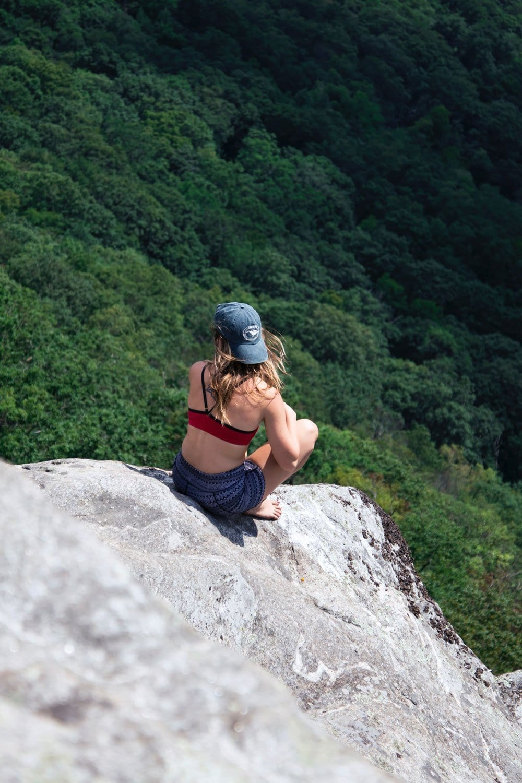 Women's climbing clothing, climbing leggings and pants. Favourite brands Prana, The North Face, Patagonia, Mountain Hardwear