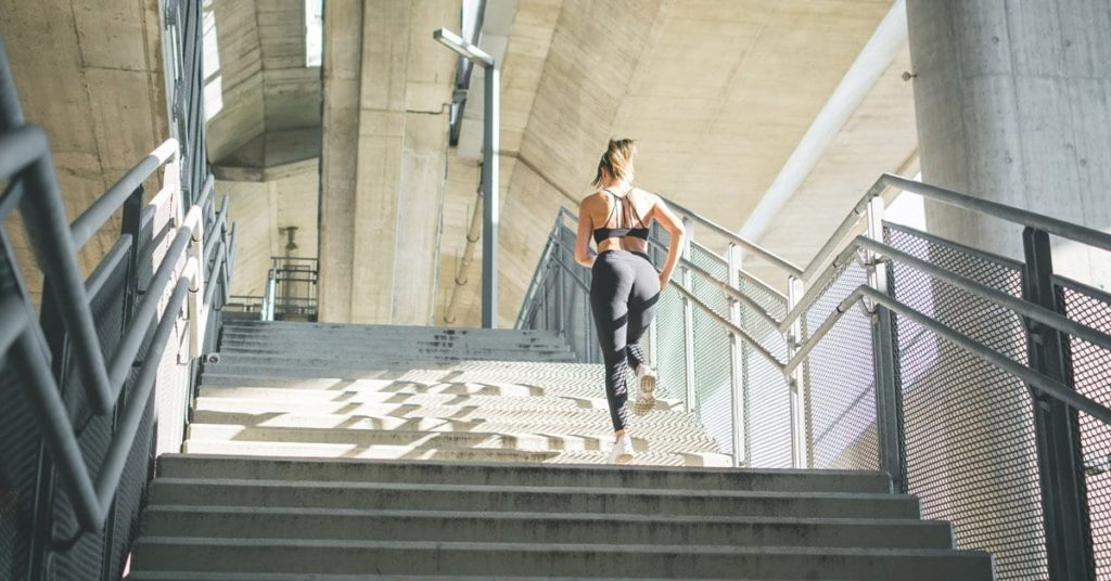 Strengthen your glutes with hill reps